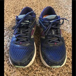 New balance 860 tennis shoes